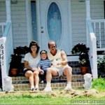 Zjevení ve dveřích domu